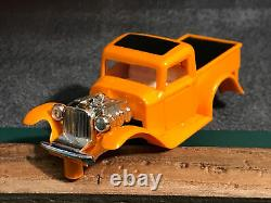 #1421 DEAD MINT 1932 Ford Pickup ORANGE ALL ORIGINAL Aurora Vintage T-Jet 500