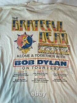 Rare Vtg Grateful Dead & Bob Dylan Alone & Together Tour 1987 T Shirt L/XL