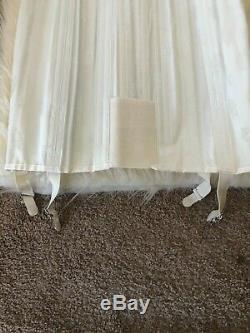 Vintage 1940s fan-laced corset girdle skirt in size 28 DEAD STOCK! CREAM COLOR