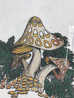 Vintage 70s Magic Mushrooms Pocket T Shirt grateful dead marijuana weed