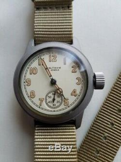 WALTHAM Jewels Watch U. S. Army 1940 Original Dead Case WW2 Vintage Y03